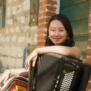 6 Questions with Hanzhi Wang – Naxos of America